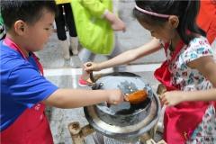 [合肥出发][豆子成长记]参观豆腐小镇,体验磨豆腐,举办团体拓展研学游
